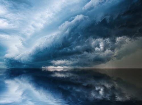 vvolare:  Rollin' Thunder © (by nilsderiese)