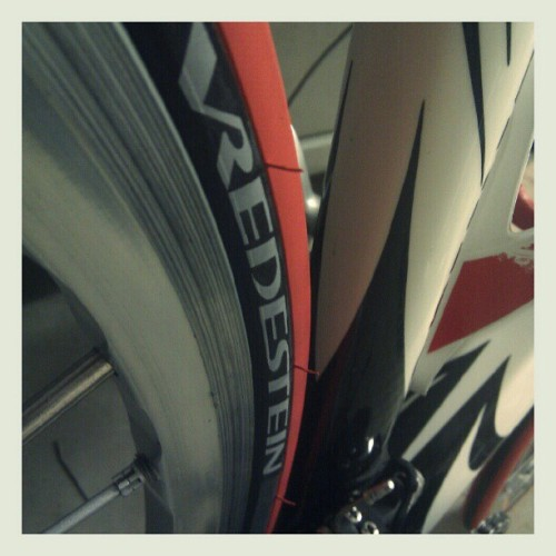 New rubber on, ready to roll! #cycling #colnago  (Taken with instagram)