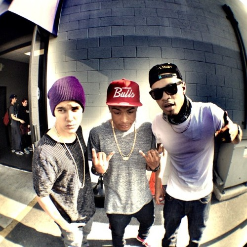 unlimited-swagg24:  JB->Khalil->Bei Maejor