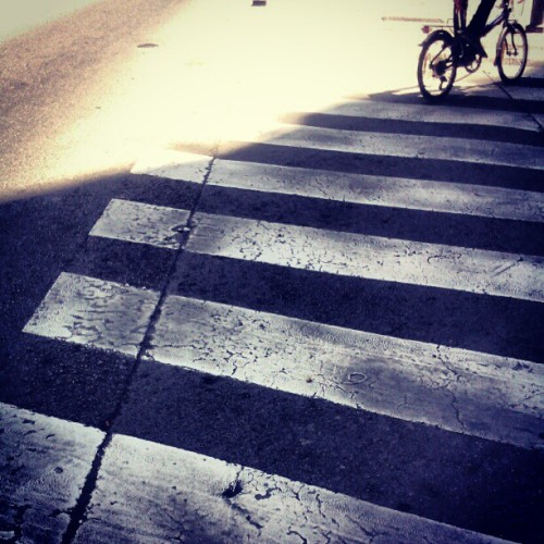 Riding stripes #crosswalk #bikes #barcelona #ubiquography  (Tomada con instagram)