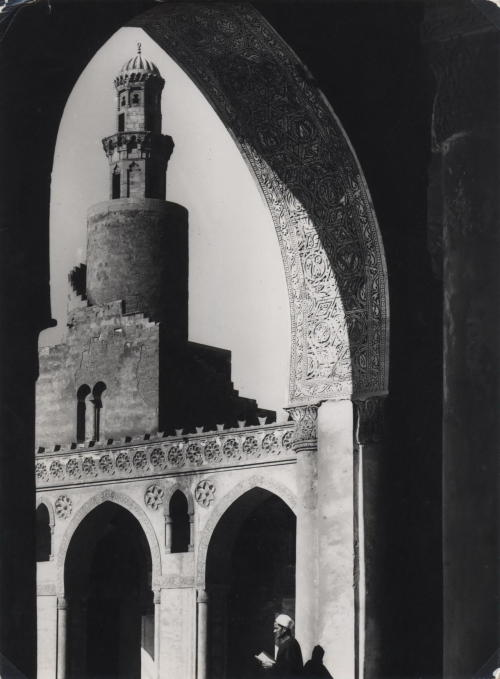 mondonoir:  Frank Hurley, Journey to the Middle East, Dubai, Royal Mirage Hotel (ca. 1946)
