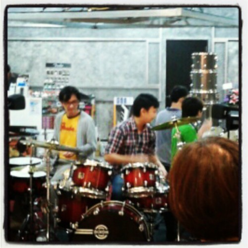 Live music attracts! Drumstore at Paradigm mall (Taken with instagram)
