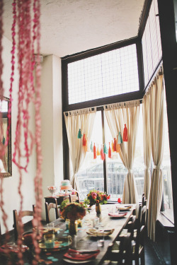 (via weekly wrap up   finch & thistle engagement party | Design*Sponge)