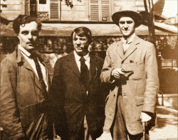 robur-le-conquerant:  Modigliani, Picasso and André Salmon. Parigi 1916.