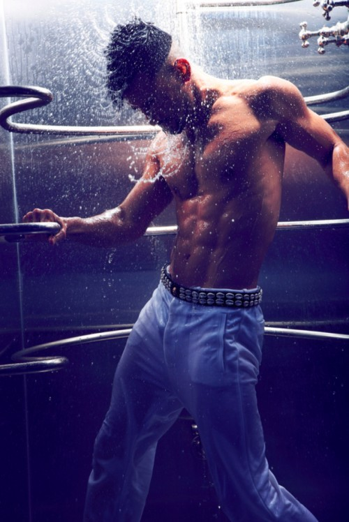 homotography:  Mark Kanemura by Arnaldo Anaya-Lucca | Move  May as well