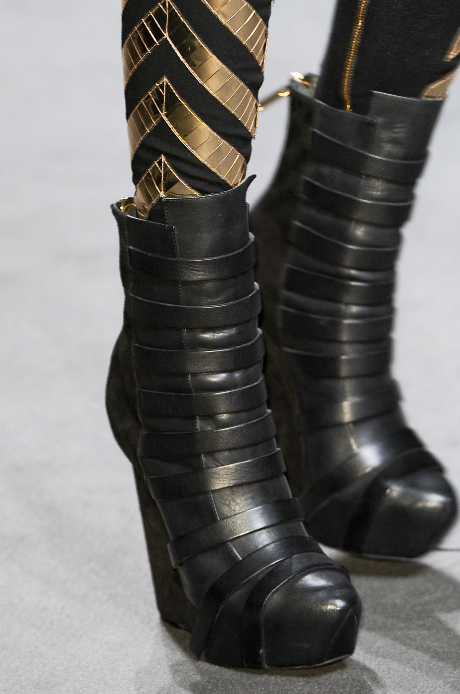 katisque:  Gareth Pugh Fall/Winter 2011-12 Details