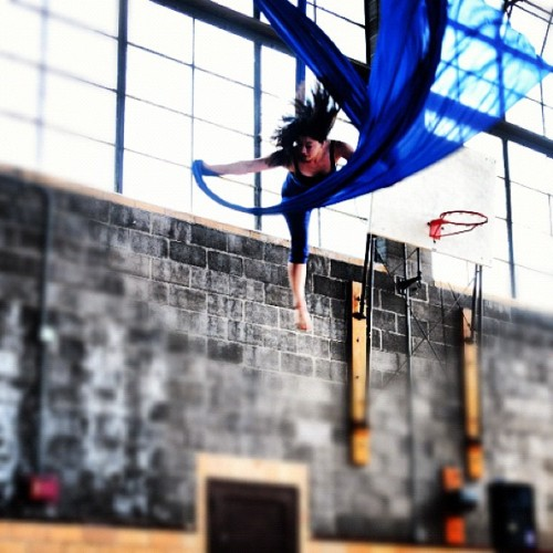 ocreunionblog:  #Oberlin College Aerialists showcase. -MP (Taken with instagram)