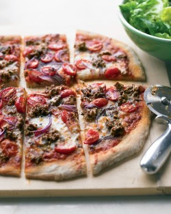 ffoodd:  (via Hamburger and Grape-Tomato Pizza - Martha Stewart Recipes)