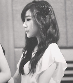 onsicas:  8/100 pictures of tiffany