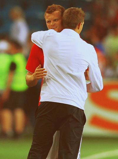 ncvlfc7:  John Arne Riise & Steven Gerrard after game Norway Vs England