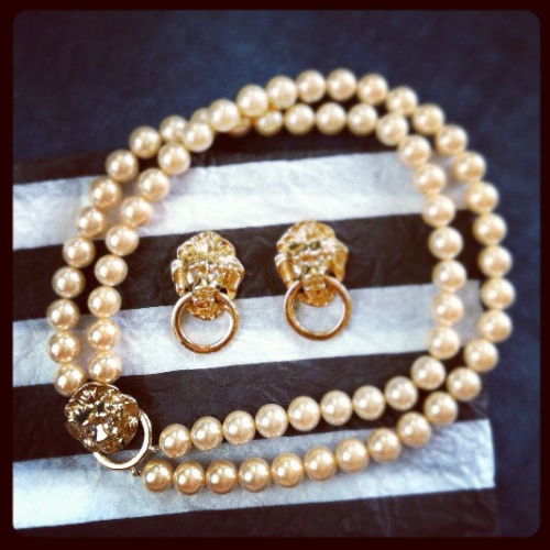 Lions & pearls jewels, Vintage Avon. Such a thoughtful surprise gift from my sweet friend, Amanda! Matches my vintage lions bracelet I found in NYC.