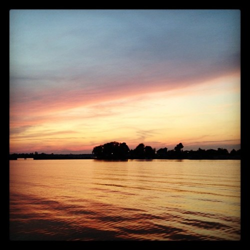 Goodnight. #Sunset #Clayton #ThousandIslands (Taken with Instagram at The River)