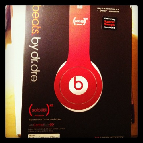 Finally got my Dr. Dre today!!!!!!overjoyed,LOL (使用instagram拍摄)