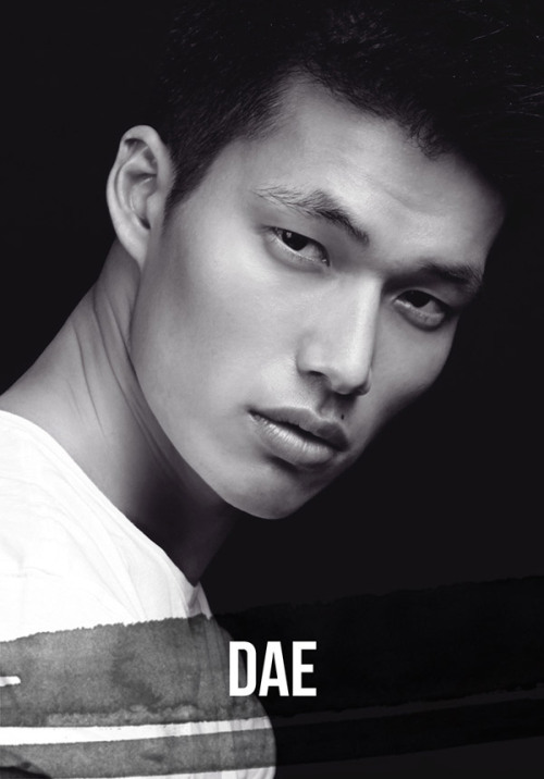koreanmodel:  Dae Na - New York Fashion Week FW 2012 showcard  bumbaclot