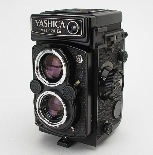 I am 3 seconds away from buying you. sorry Mamiya 645 Pro tl, you will have to wait.