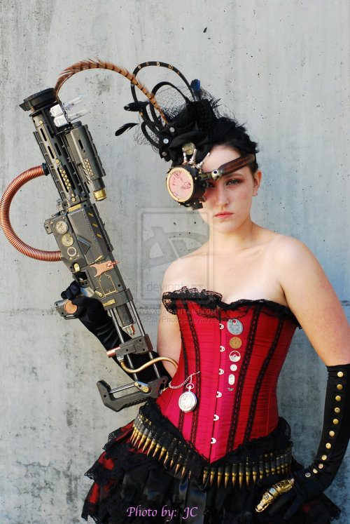 speakingofchloe:  Steam Punk FAnime 2010 by *MyCosPlayPhotos