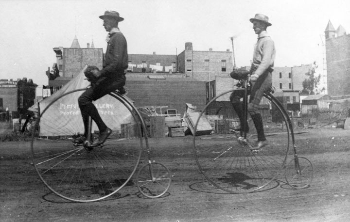 badminton:  legrandcirque: Two men ride penny-farthings in Los Angeles, California, 1886. Source: Los Angeles Public Library
