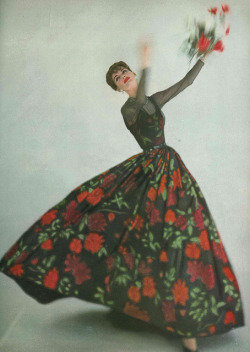 sisterwolf:  Vogue, 1957