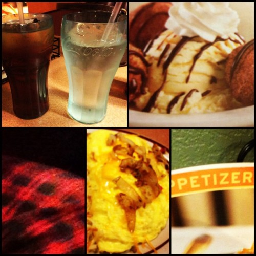 #Late #night #dennys run #whatimdoin #instaDeezil (Taken with instagram)