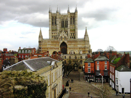 (via Cathedral | Flickr - Photo Sharing!) Lincoln, Lincolnshire, England, UK