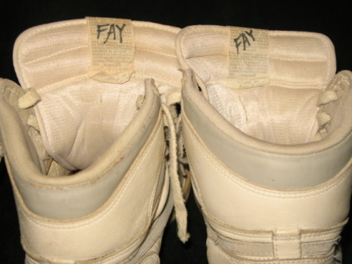 air jordan 1 original (og) white/natural grey 1985 — extremely rare! note: that's a good price fay