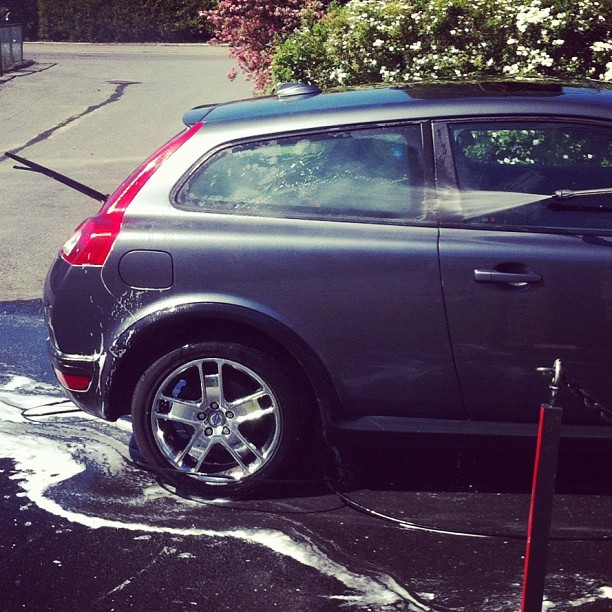 Washing my car! 🚗 Well, to be honest, my dad is doing the hard work 😄☀ (Taken with Instagram at Togrenda)