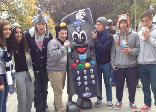 Lol I had to stick my finger up at the carlton phone.