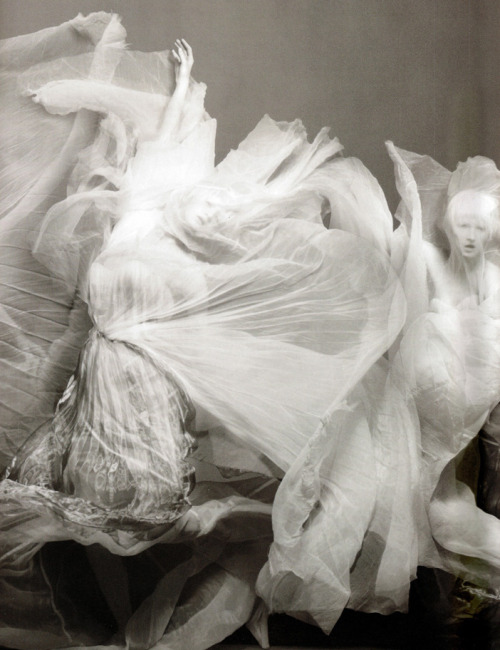 """Invitation à la danse"" by Sølve Sundsbø for Numéro #91, March 2008"