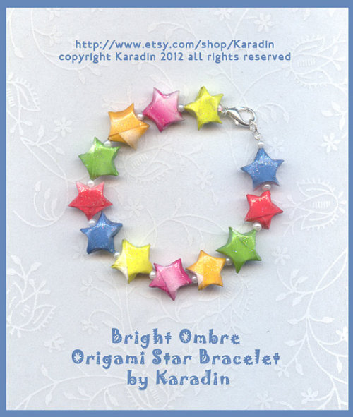 Bright Ombre Origami Star Bracelet by Karadin Daughter loved the red, white and blue, and this, she says, goes with everything! shop here http://www.etsy.com/shop/Karadin