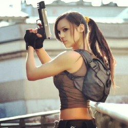 The third pic of #laracroft #cosplay #girl #beauty #videogame (tomada con Instagram en Sport Quality Center)