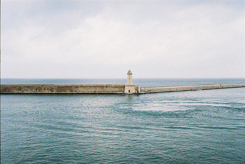 to-seize-the-day:  livorno guardia by jukka_re