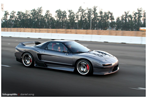 fuckyeahcargasm:  Sharp as a razor  Featuring: Honda NSX