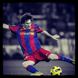 lovingthenbitches:  #messi #barcelona #football #soccer #futbol. (Taken with instagram)