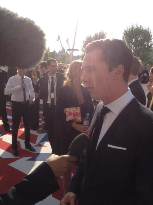 elementarysherlock:  Benedict as he descends from heaven to the red carpet of the BAFTAs Alternatively: Since starring in Star Trek, solar flares have begun to follow Benedict. Via: Thebadluck