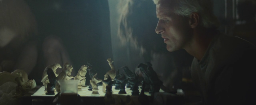 Roy at the chessboard. Blade Runner (1982) directed by Ridley Scott, starring Harrison Ford, Rutger Hauer, Sean Young, Edward James Olmos, M. Emmet Walsh, Daryl Hannah, William Sanderson, Brion James, Joe Turkel, Joanna Cassidy, James Hong, Morgan Paull, Kevin Thompson. Based on Do Androids Dream of Electric Sheep? by Philip K. Dick.
