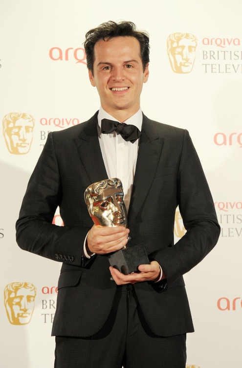 clock-watcher:  Hi-res pic:  Best Supporting Actor winner Andrew Scott at the Arqiva British Academy Television Awards 2012 on May 27, 2012 in London.  Congrats, Andrew!!!  :D