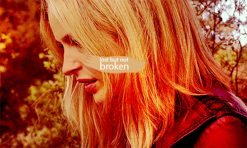 ixsmellxapples:  lost but not broken.