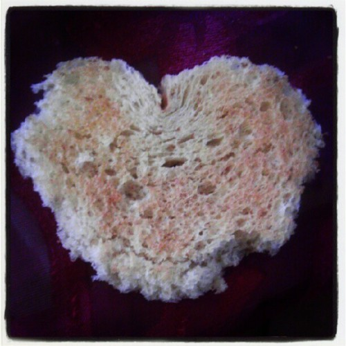 Heart-shaped wheat bread @ohdimi  (Taken with instagram)