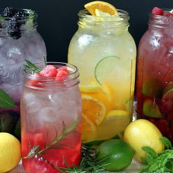 gastrogirl:  naturally flavored, herb-infused waters.