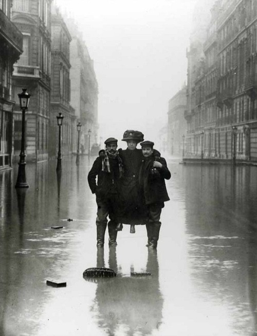 Rue de Solferino during the Great Flood of Paris, 1910. Seeberger Brothers