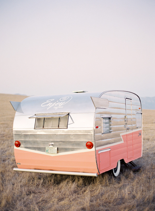 Get Your Airstreams or Campers Ready for Summer By Jauretsi C'mon, you know you've obsessed about driving away in a little sexy airstream like this and posting up anywhere in the United States. If you already own a traveling vacation vehicle, eBay did all the pre-thinking for you, and compiled the necessary Camper Essentials to survive on the road. If you're feeling impulsive, and feel the itch to invest in buying a vehicle, you'll be happy to know there's tons of available vintage airstreams (bids beginning at $1550) to sizable RV's (bids starting at $8500). Happy road trip! (Photo reblogged by micasaessucasa via dustjacket attic)