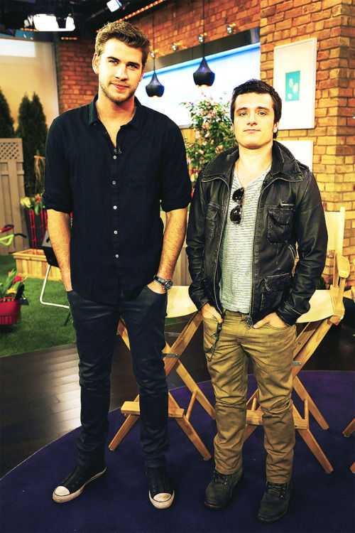 josh hutcherson is 5'5 SUBMISSION