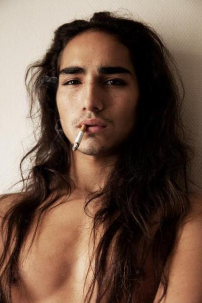 This is Willy Cartier. He has a gorgeous mane of raven hair, and I would very much like to lick him.
