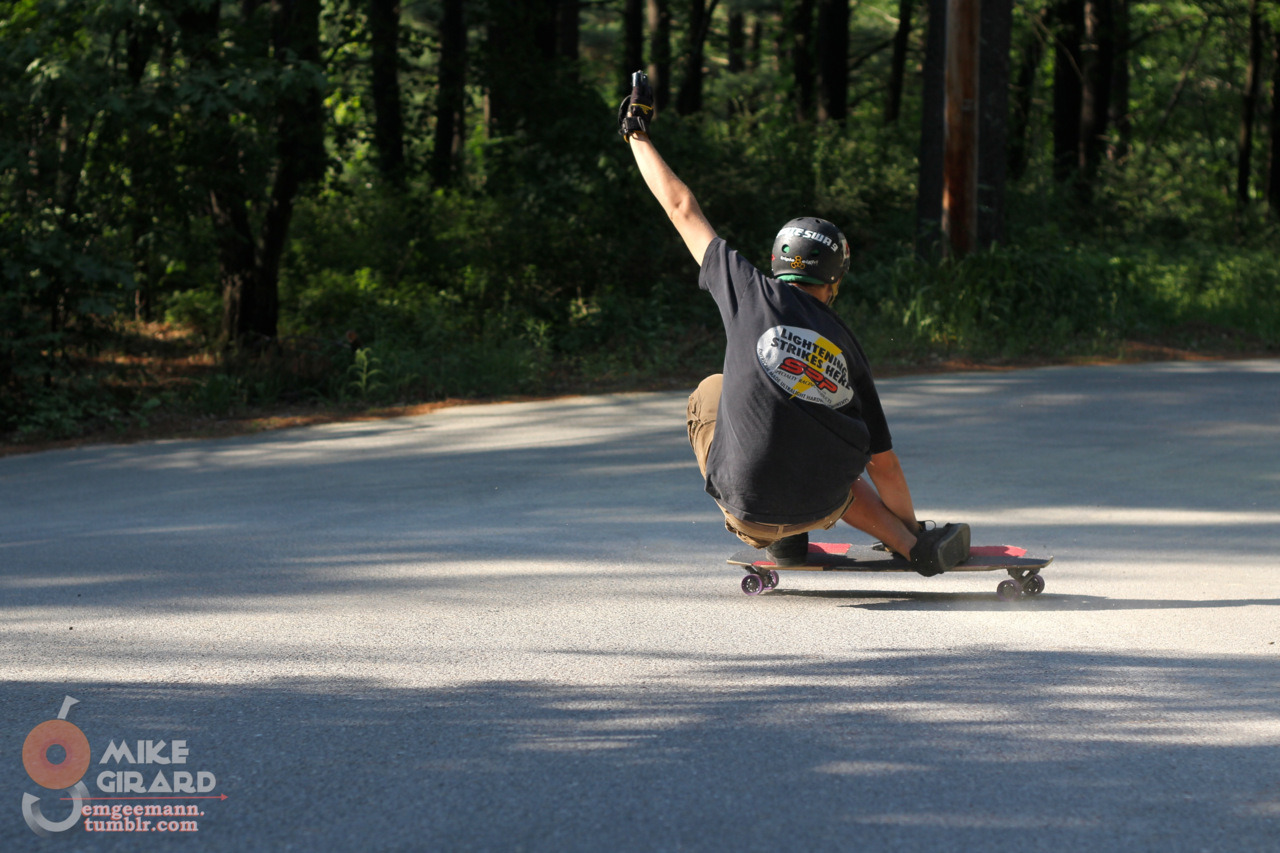 Sandy Indy. Graham kicks up a sandy rooster tail while styling the hairpin.