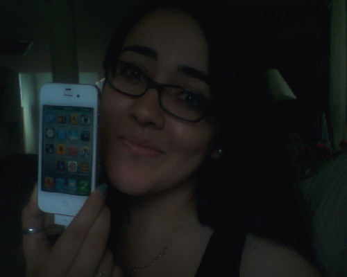 So…I got it. I'm an iphoner now. Uh oh. look out world.  i have no clue what i'm doing.