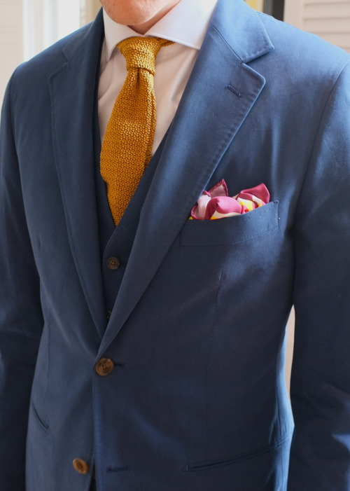 patrickjohnsontailors:  Suit : 3P cotton Mako brushed Tie : Drakes for PJOHNSON Pocket sqaure : TLC For PJOHNSON All for : TC