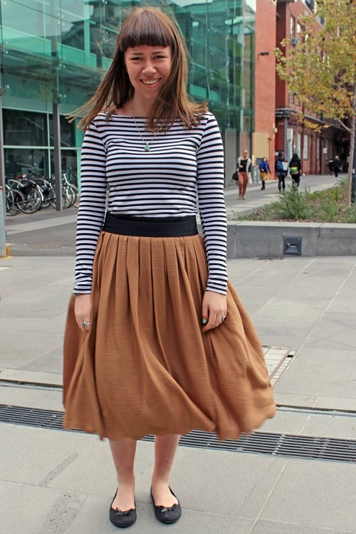 college-fashionista:  The Midi Skirt