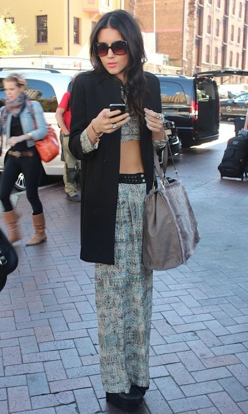 college-fashionista:  The Midriff of It All