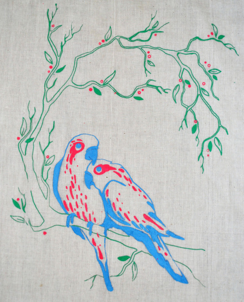 eatsleepdraw:  Screen Print of birds on a bag :) More similar work on my blog …  www.meandmycatillustrations.tumblr.com :D