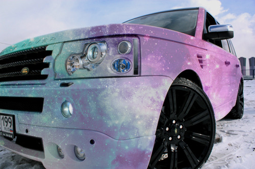 fuckyeahthebetterlife:   Matte Galaxy Range Rover  My blog is finally complete.